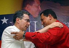 URIBE Y CHAVEZ