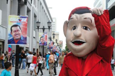 Chavito despierta furor en las calles